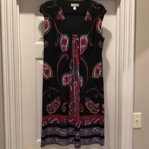 Knit dress with paisley print.